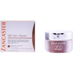 365 SKIN REPAIR light mousse cremă SPF15 50 ml